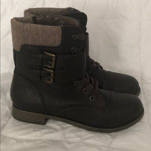 Rampage NWOT Boots Size 7.5